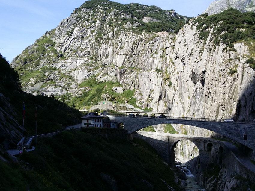 Via Ferrata Diavolo - Schöllenenschlucht mit Teufelsbrücke und Reuss