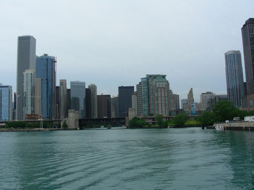 Chicago - Skyline from the Chicago River