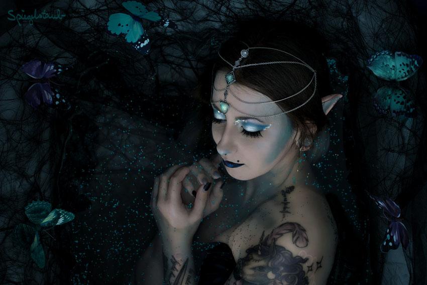 Meine Kundin Jiji im mystischen Elfen Set