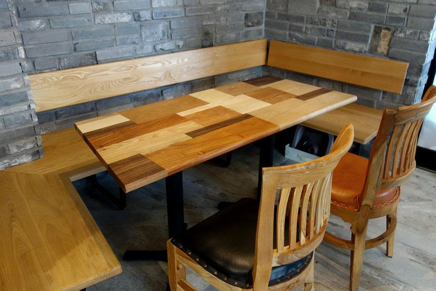 カフェの寄木テーブル(大)「Le Trefle」(ル・トレフル)