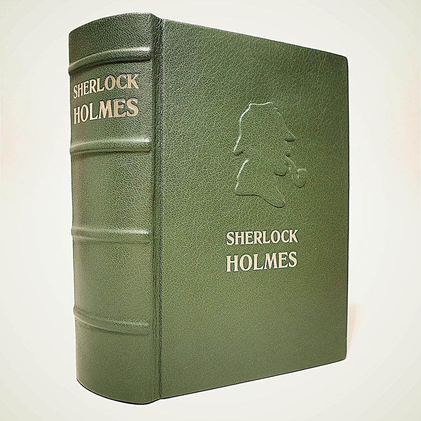 Sherlock Holmes in grünes Leder gebunden mit goldener Titelprägung. Unikat!