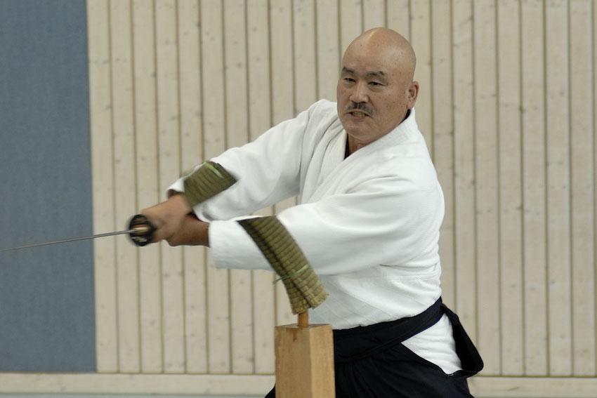 Toshishiro Obata Kaiso, der Begründer von Shinkendo, anlässlich eines Seminars in Straubing im September 2008
