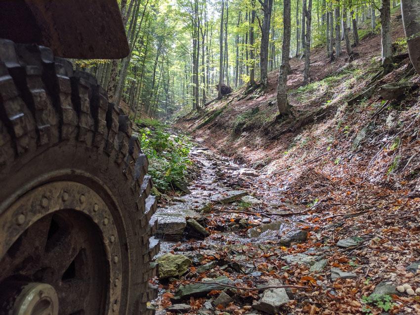 Die Prespa Tour führt tief ins griechische Gebirge - Red Rock Adventures