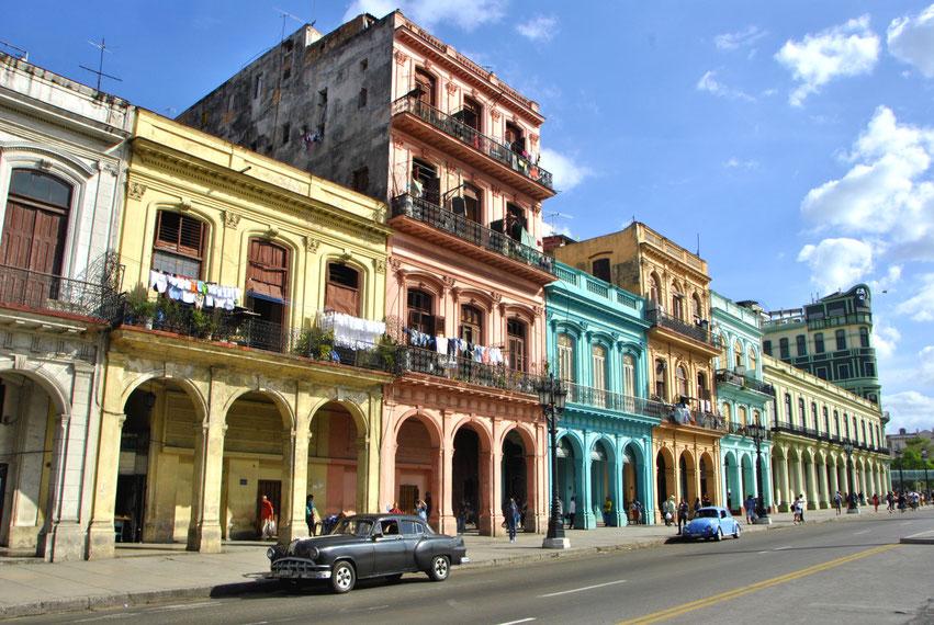 Kuba Havanna bunte Häuser