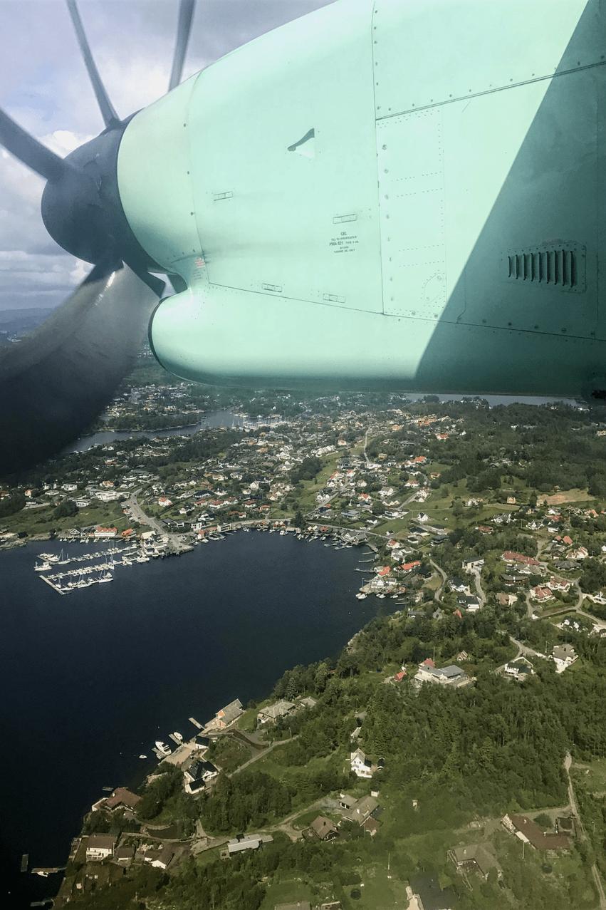 Widerøe Flug