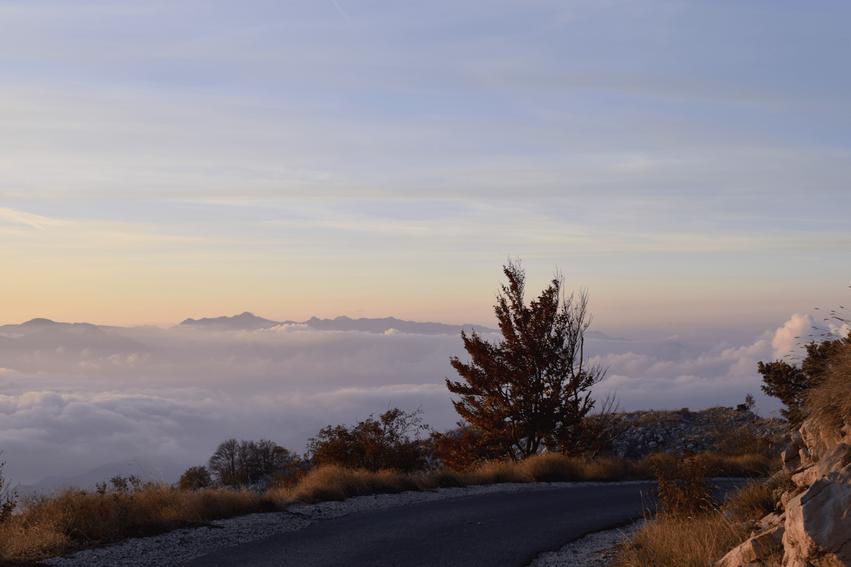 Rundreise Montenegro Sonnenuntergang Lovćen Nationalpark