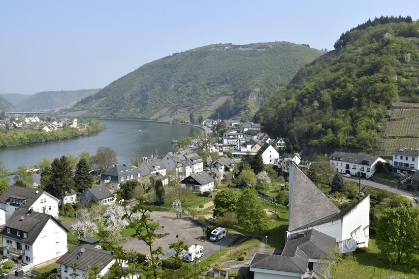 Brodenbach an der Terrassenmosel
