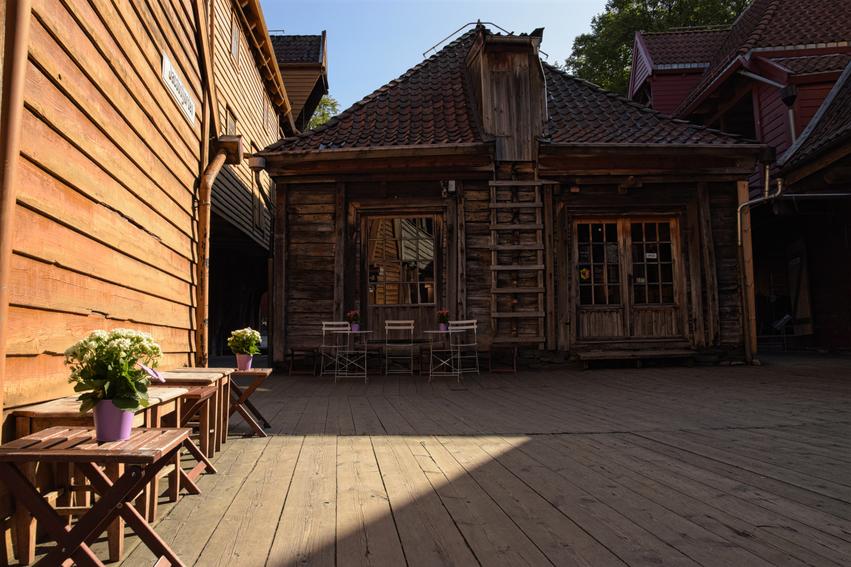 Café Tipp Bergen