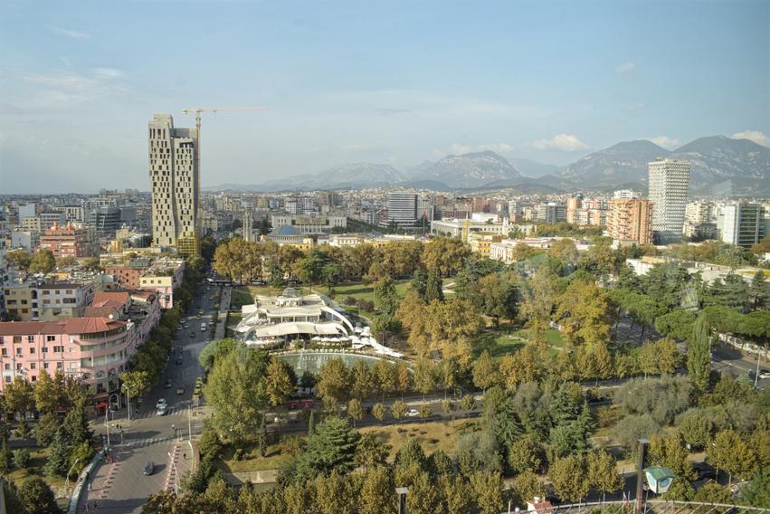 Albanien Tirana Sky Tower