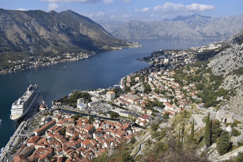 Rundreise Montenegro Ausblick von der Festung in Kotor