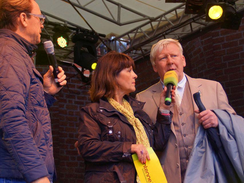 Wolfgang Lippert - Marina Ringel - Bürgermeister Bernhard Knuth