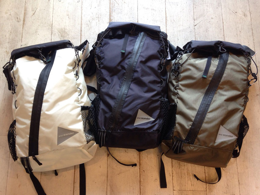 and wander(アンドワンダー)backpack 30L 各¥30,240(税込)