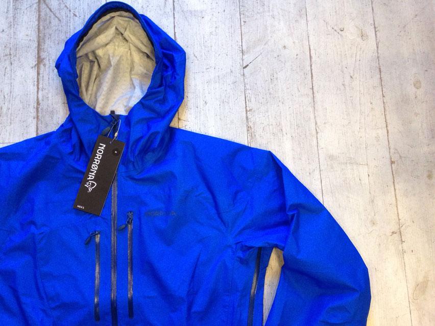 Electric Blueも今回入荷しましたよ!! NORRONA(ノローナ)bitihorn dri1 jacket 各¥32,400(税込)