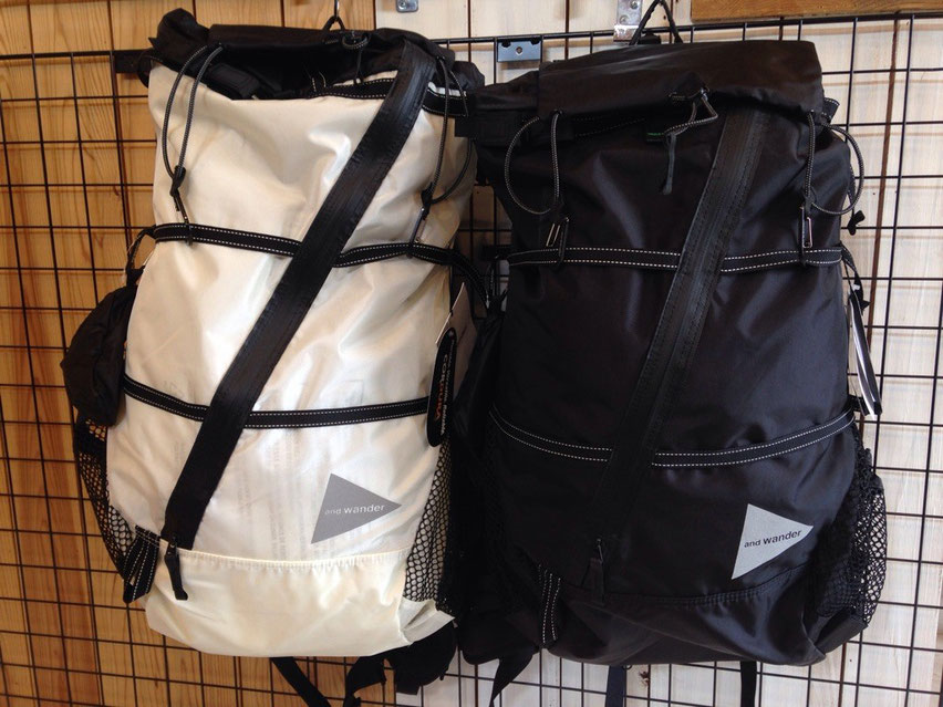 and wander(アンドワンダー)40L backpack 各¥34,000(+TAX)