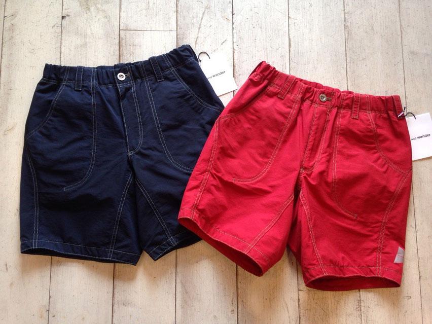 and wander(アンドワンダー)60/40 cloth short pants 各¥21,600(税込)