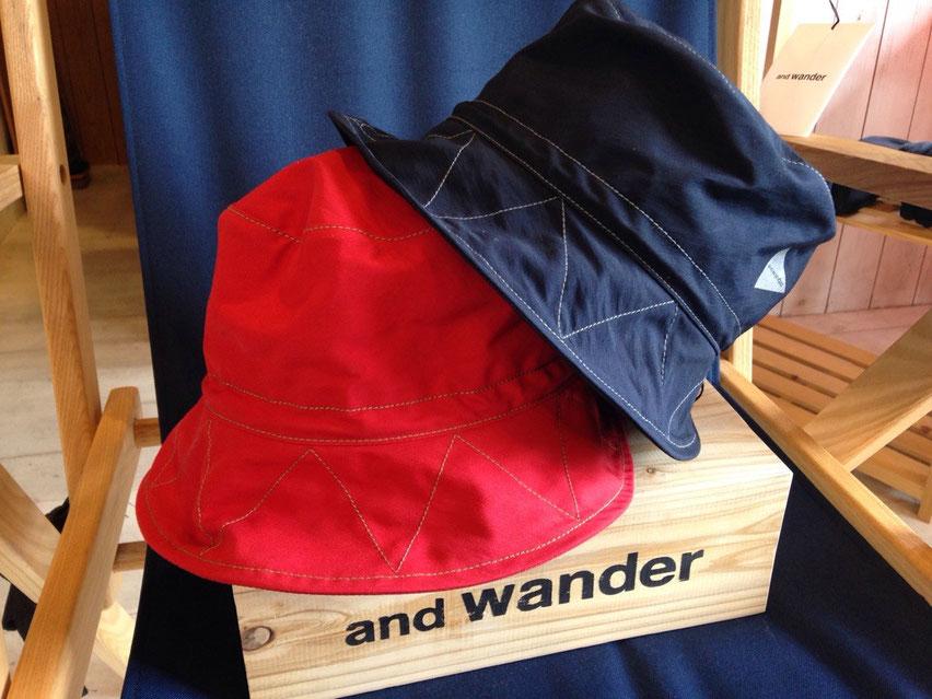 and wander(アンドワンダー)60/40 cloth hat 各¥10,800(税込)