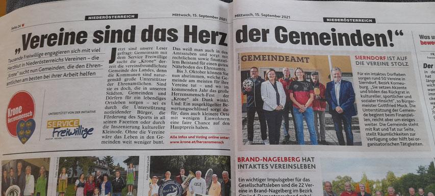 In der Krone (Ausgabe Weinviertel) vom 15. September lachten unsere Vorstandsmitglieder Martina Wilder und Helmut Faltinger gemeinsam mit anderen Sierndorfer Sportfunktionären und Sierndorfs Bürgermeister Gottfried Muck aus der Zeitung.