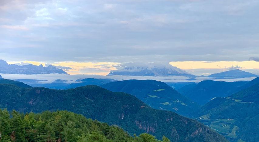 Blick vom Hotel Belvedere in die Dolomiten