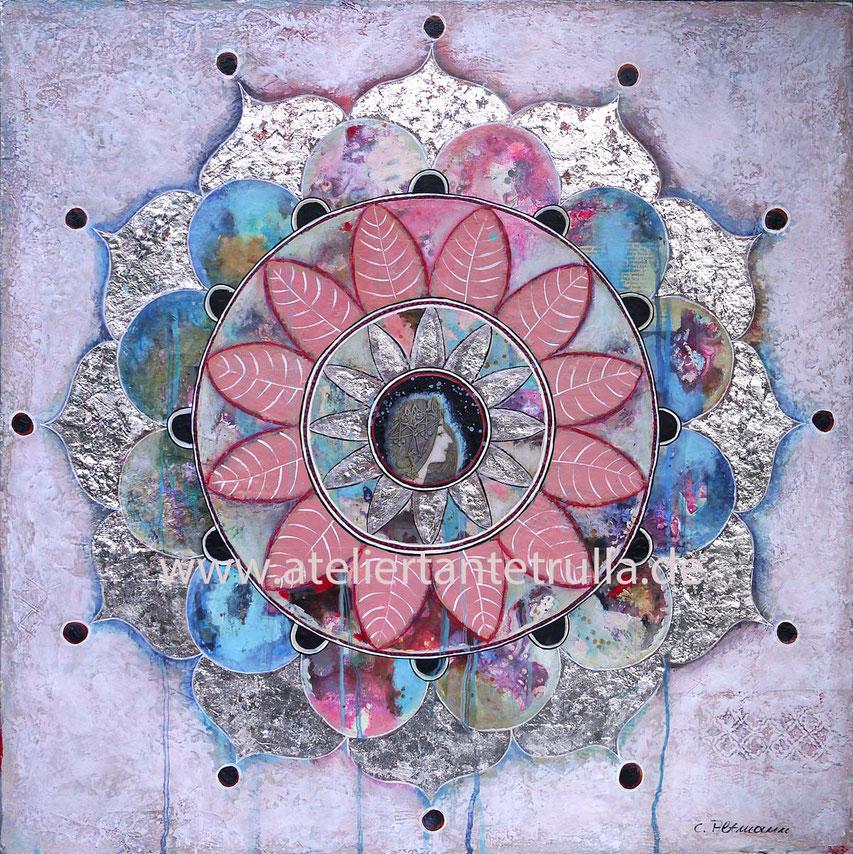 "Mixed Media Mandala Gemaelde ""Catching Dreams"", 70 x 70 x 2 cm, www.ateliertantetrulla.de"