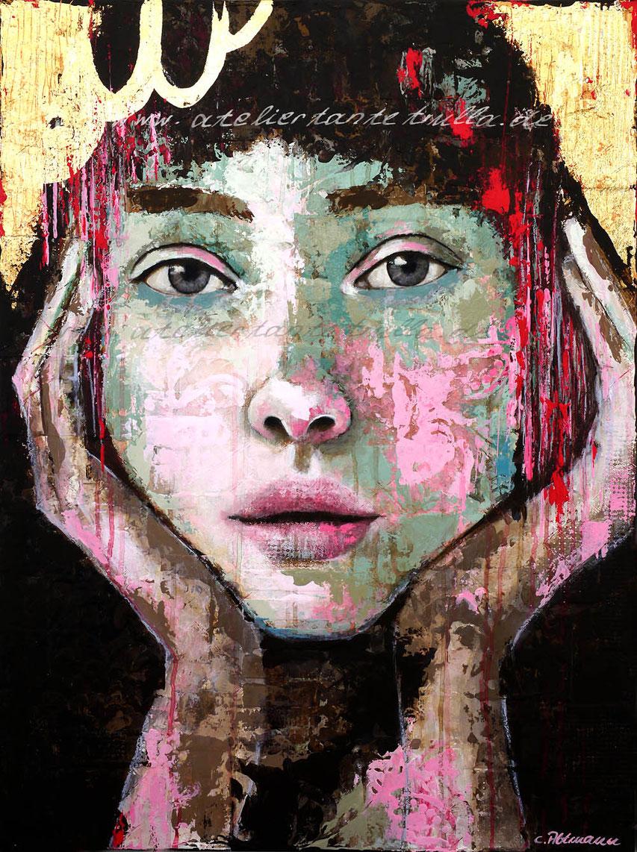 abstraktes Gemaelde Gesicht Frau mit viel Textur und Blattgold