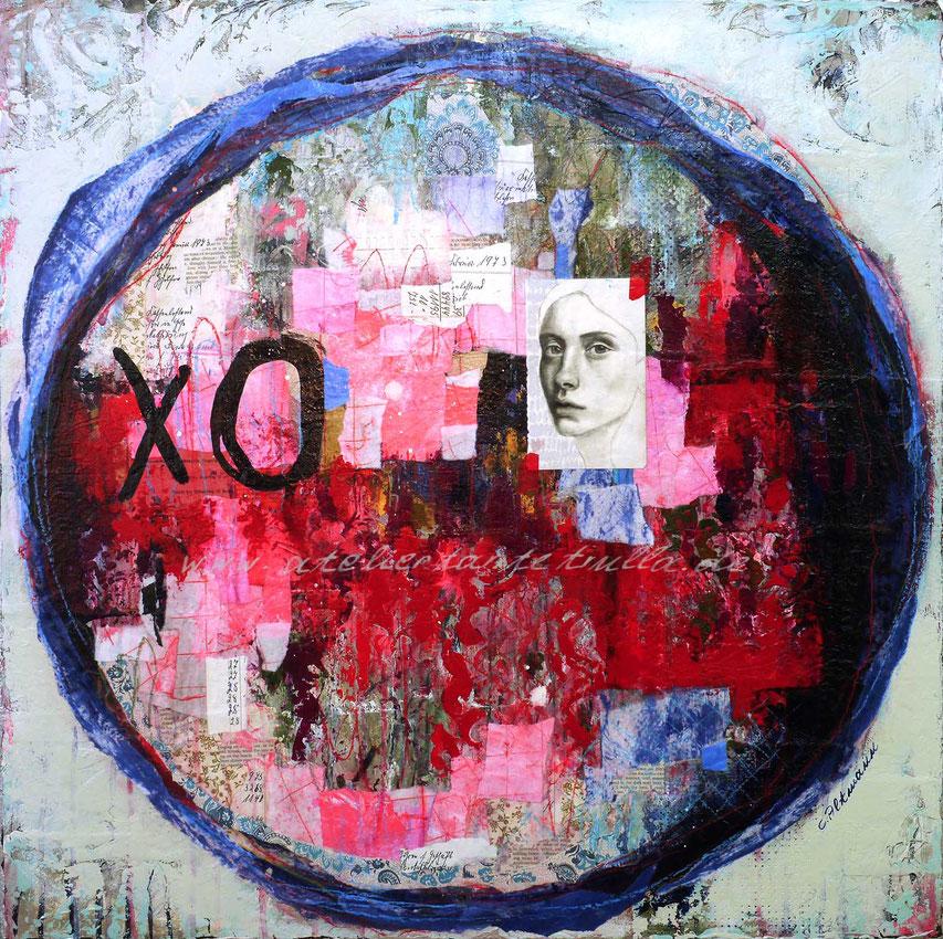 abstraktes Gemaelde Collage mit gezeichnetem Gesicht Frau mit etwas Blattsilber rot blau Patchwork