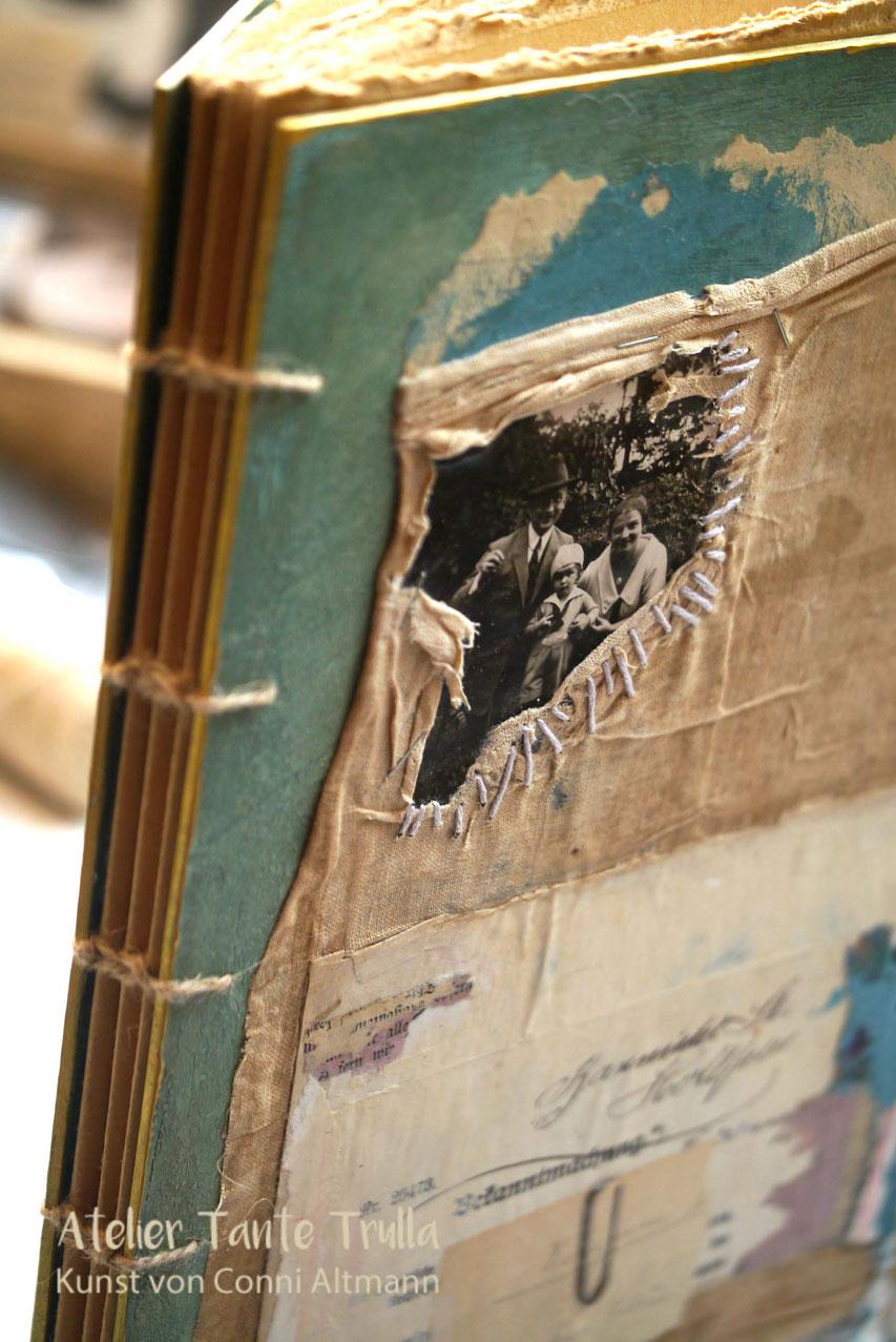 künstlerisches Buch handgebunden