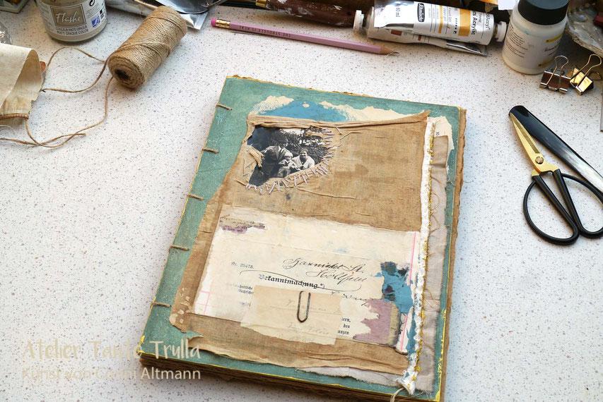 vom Kuenstler handgemachtes Buch