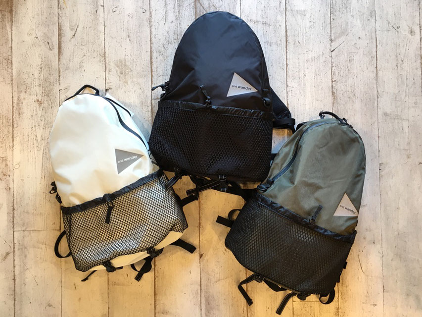 and wander(アンドワンダー)20L backpack  各¥17,000(+TAX)
