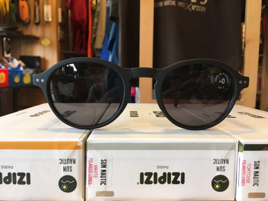 Black(Grey Lenses)