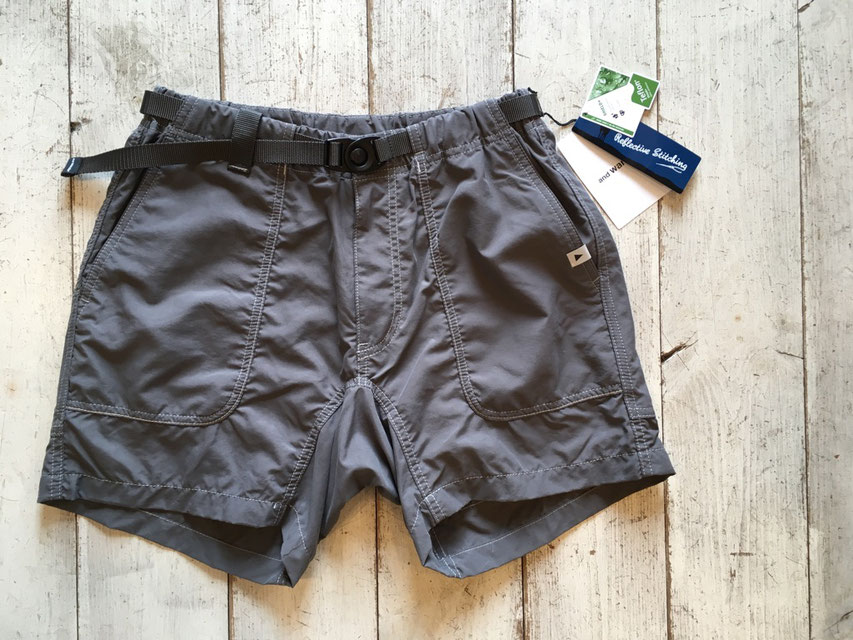 and wander(アンドワンダー) nylon climbing short pants ¥19,440(税込)