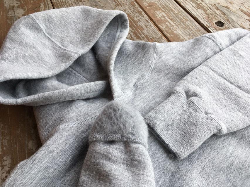 Yetina(イエティナ) Pullover Hoodie 各¥22,800(+TAX)