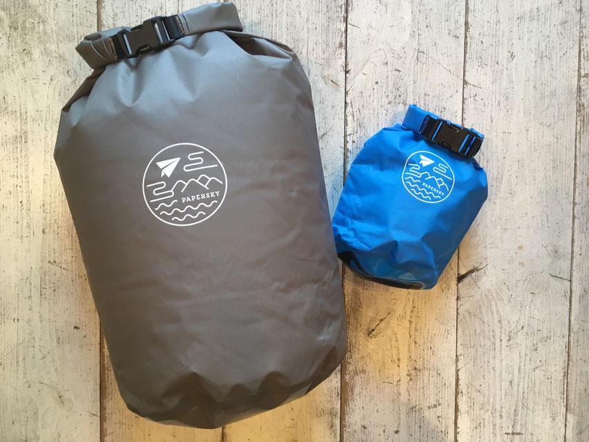 PAPERSKY(ペーパースカイ) Dry Bag  (1.5L)¥3,000(+TAX)(12L VALVE)¥4,500(+TAX)