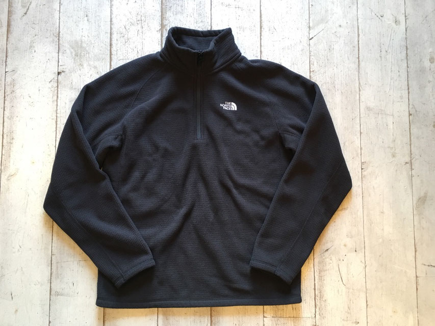THE NORTH FACE(ザ・ノースフェイス) Half-Zip Fleece ¥4,428(税込)
