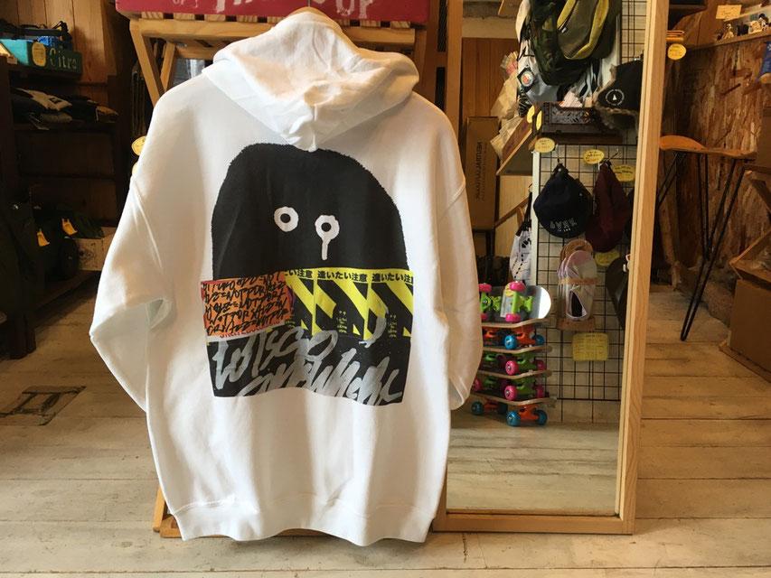 RYUJI KAMIYAMA(神山 隆二) Graphic Hoodie ¥13,000(+TAX)