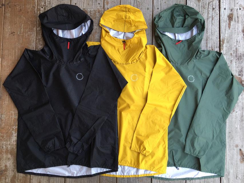 山と道 UL All-Weather Hoody(UNISEX)各¥27,500(+TAX)