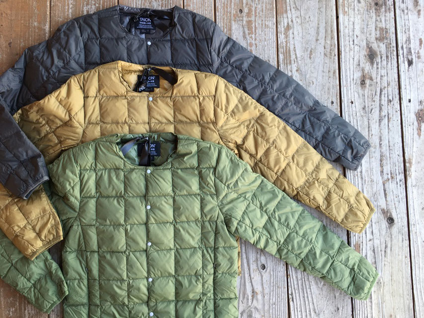 TAION(タイオン) Crew Neck Buttun Down Jacket 各¥5,389(税込)