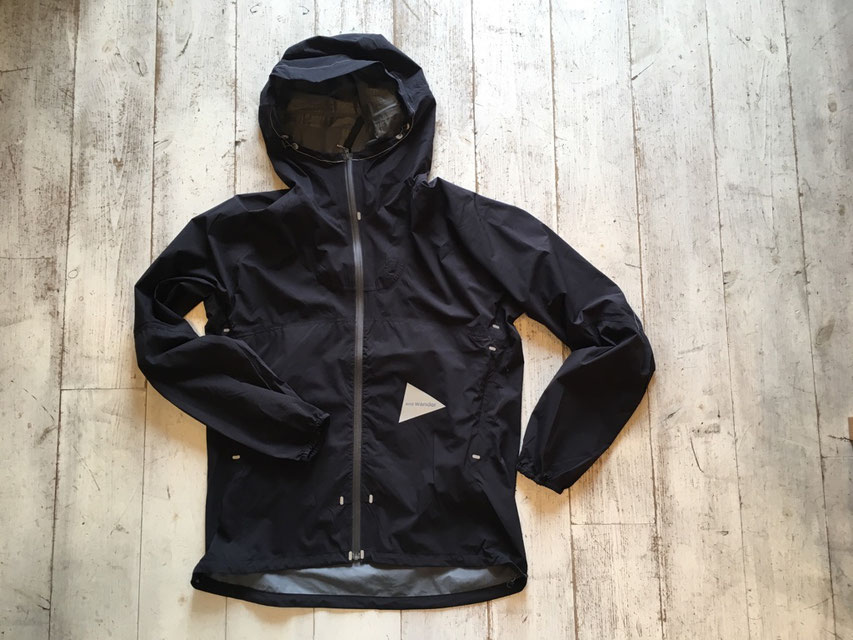 and wander(アンドワンダー) light rain jacket 2 ¥39,960(税込)