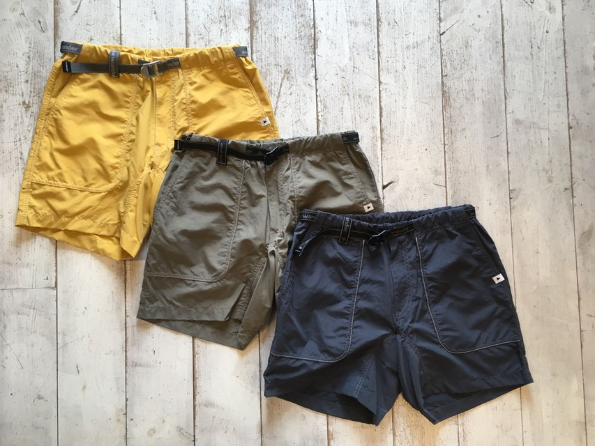 and wander(アンドワンダー) nylon climbing short pants ¥20,000(+TAX)