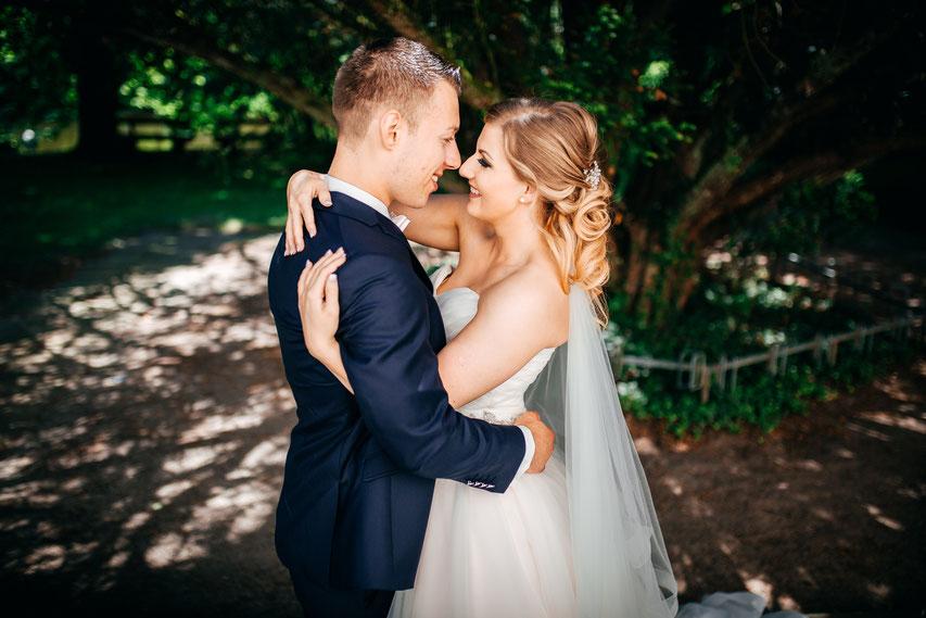 Hochzeit Gut Sutthausen Hochzeitsfotografen Vicky und Alex
