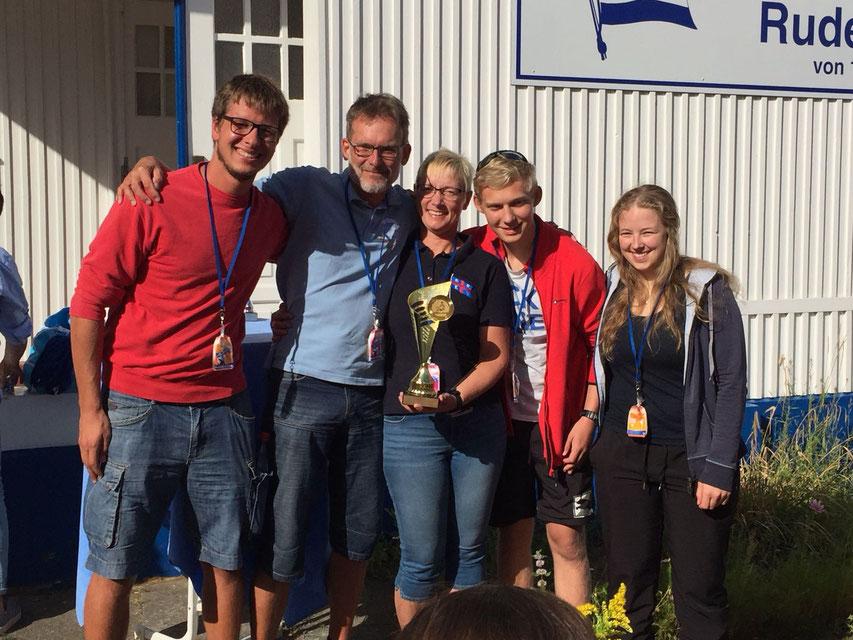 Als Mixed Boot Regattasieg vor den Männerbooten!