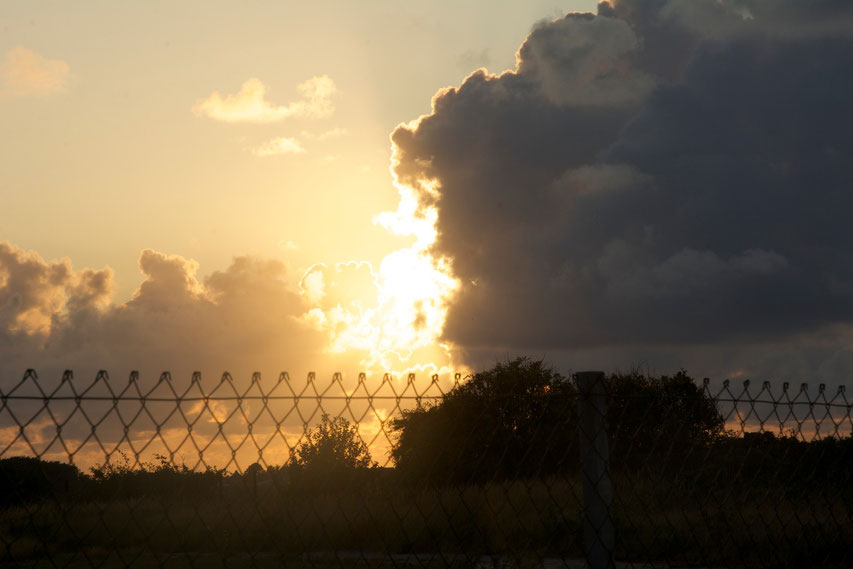 Sonnenuntergang dramatisch :-)