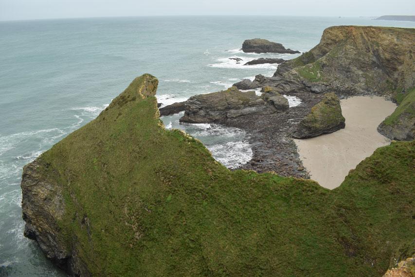 Cornwall Coast Path, cliffs near Portreath