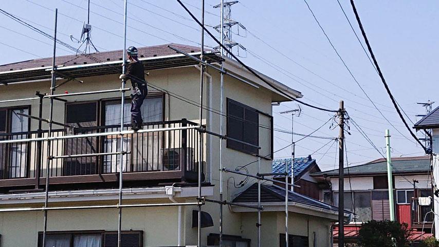 雨漏りの板金屋根カバー工法工事 2