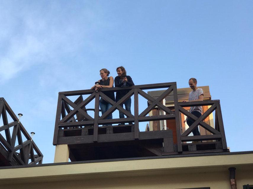 Temporäre WG auf dem Balkon