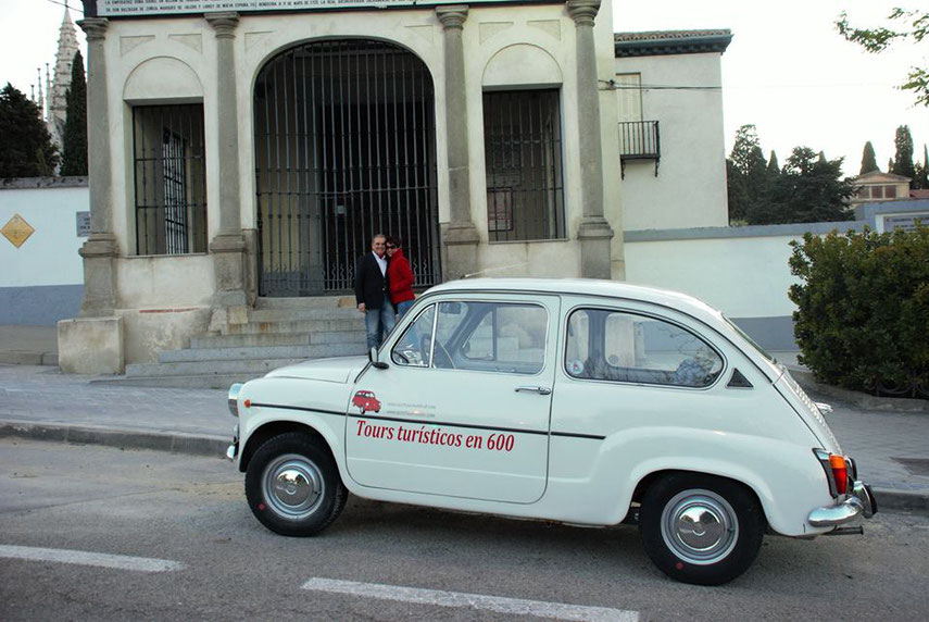 Tour San Isidro en Seat 600