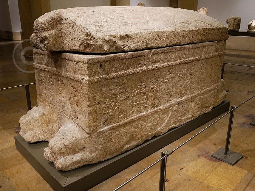 Sarcofago di Ahiram - Museo Nazionale di Beirut (Libano)