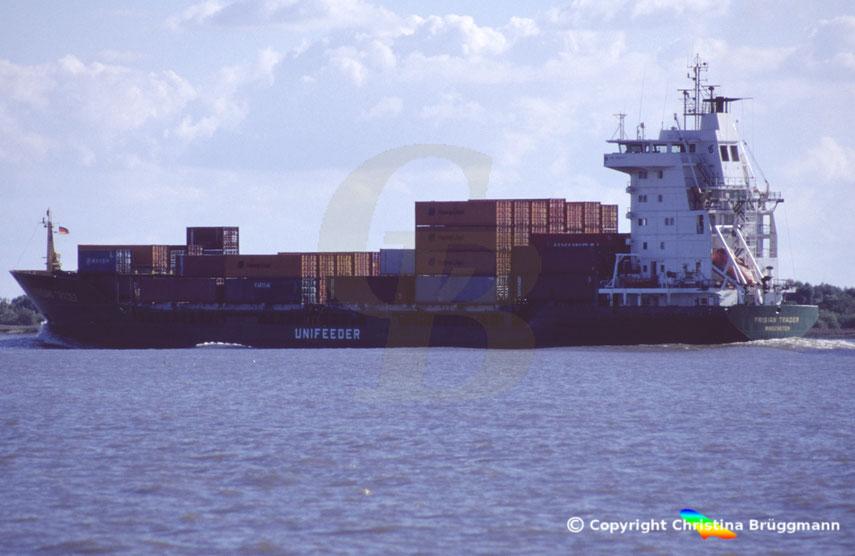 Feeder-Containerschiff FRIIAN TRADER