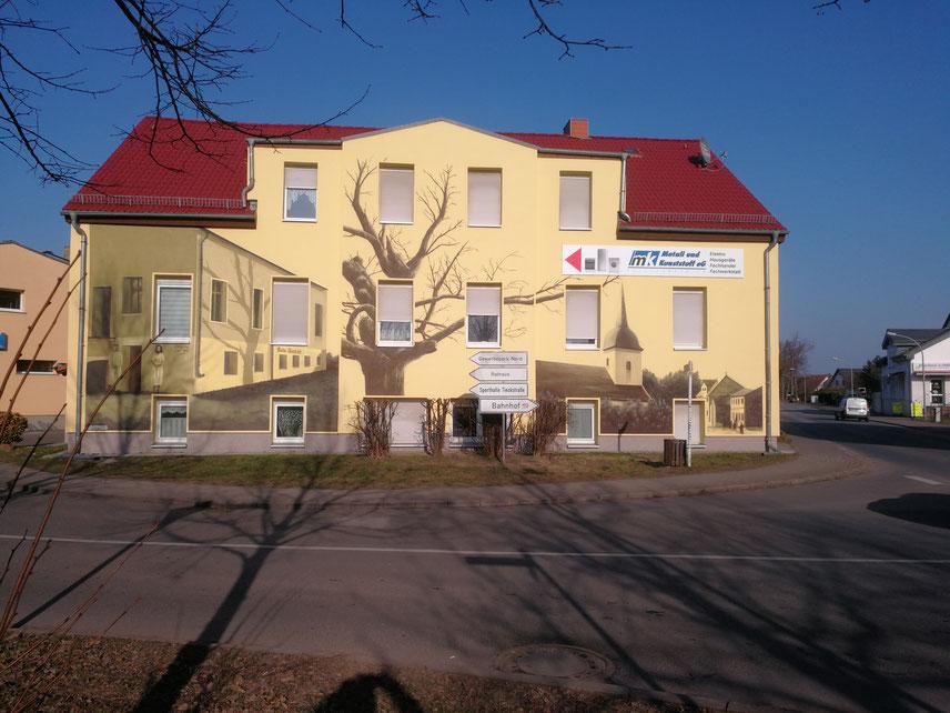 Fassadenmalerei mit Fassadenbild durch Graffitikünstler in 3d gemalt Brandenburg Fredersdorf bei Berlin
