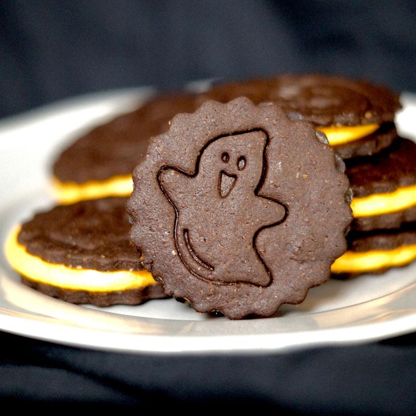 Homemade Halloween-Oreos