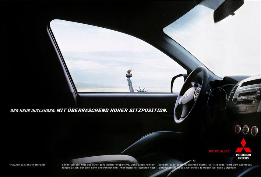 Mitsubishi Outlander, Print